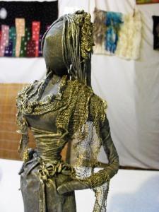 girl statue 2