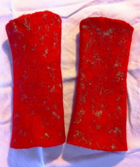 red fingerless mitts