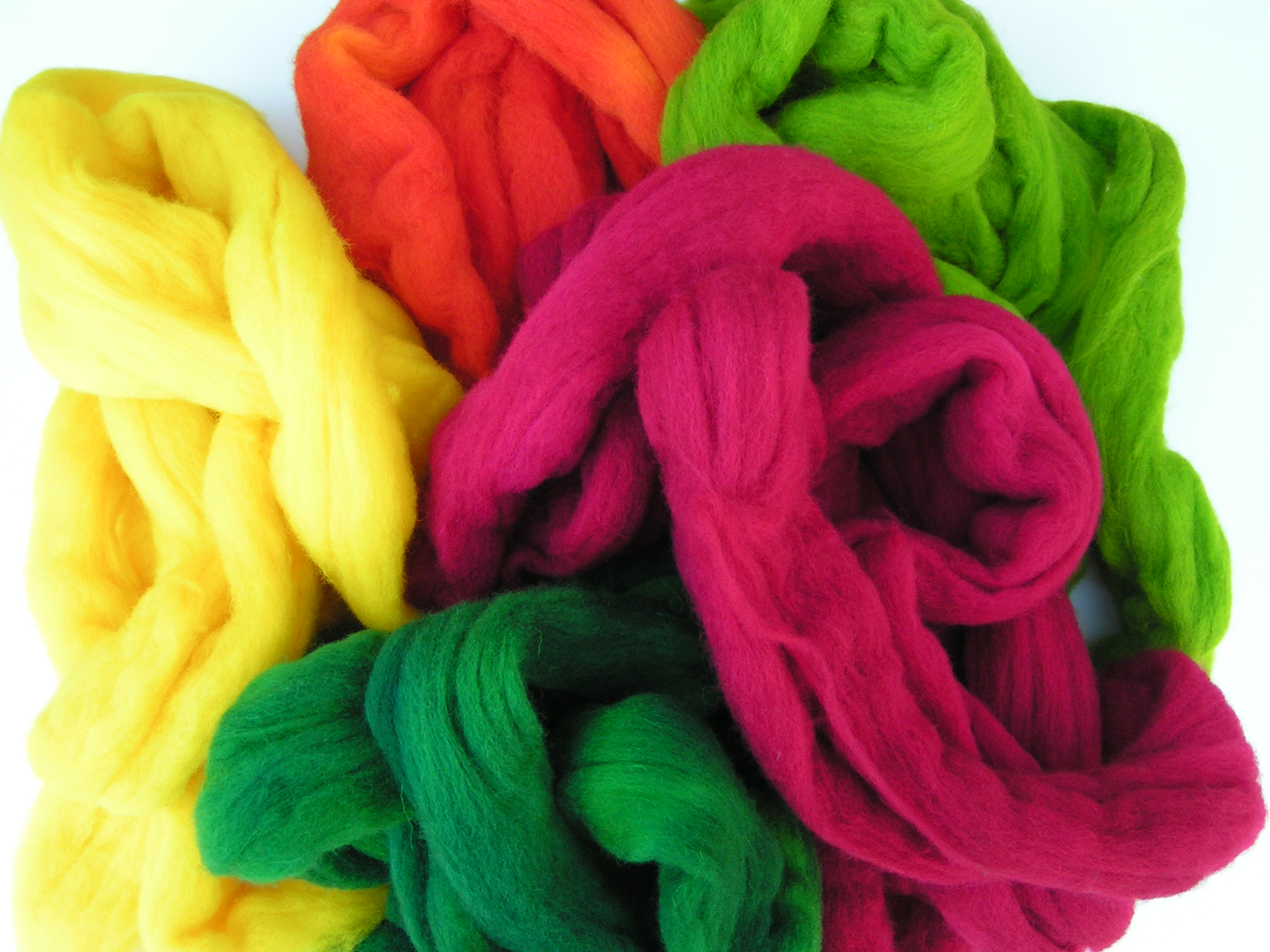 Dyeing wool with rit dyes feltingandfiberstudio bright spring colors nvjuhfo Choice Image